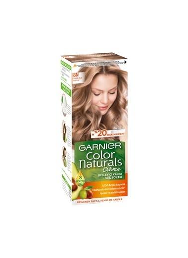 Garnier Garnier Color Naturals Saç Boyası 8N Doğal Açık Kumral Renksiz